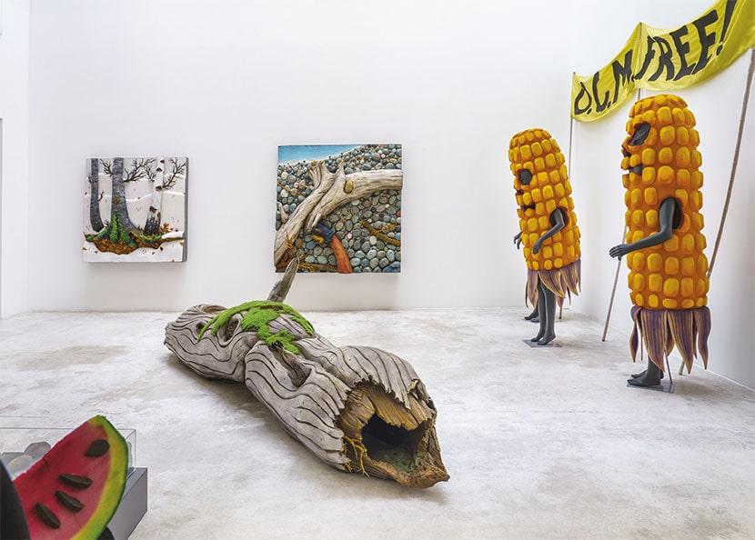 Piero Gilardi, Dalla Natura all'Arte, veduta della mostra, Michel Rein, Parigi, 2020. Foto Florian Kleinefenn. Courtesy l'artista e Michel Rein, Paris/Brussels